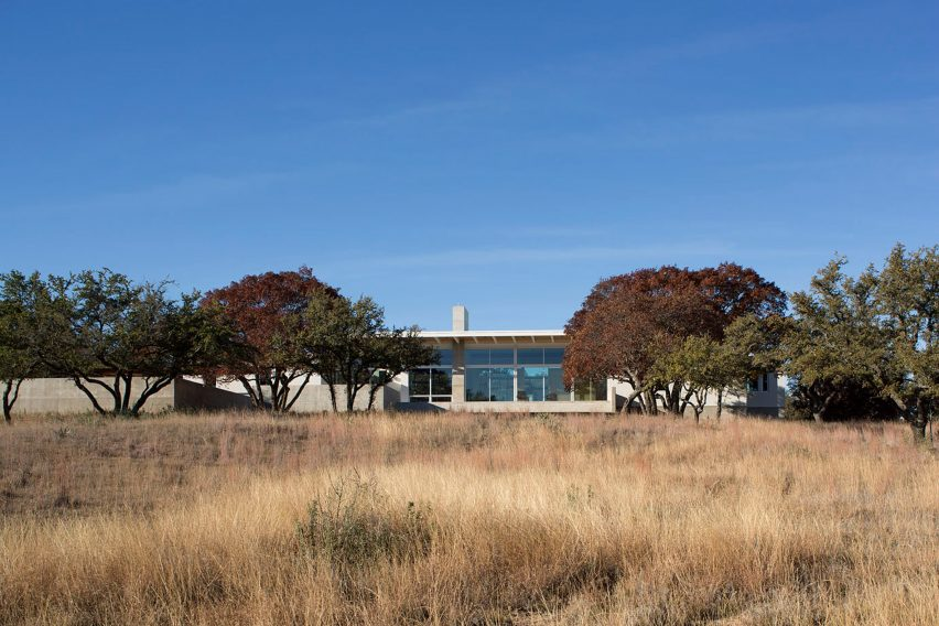 Dick Clark + Associates build Brownwood Residence