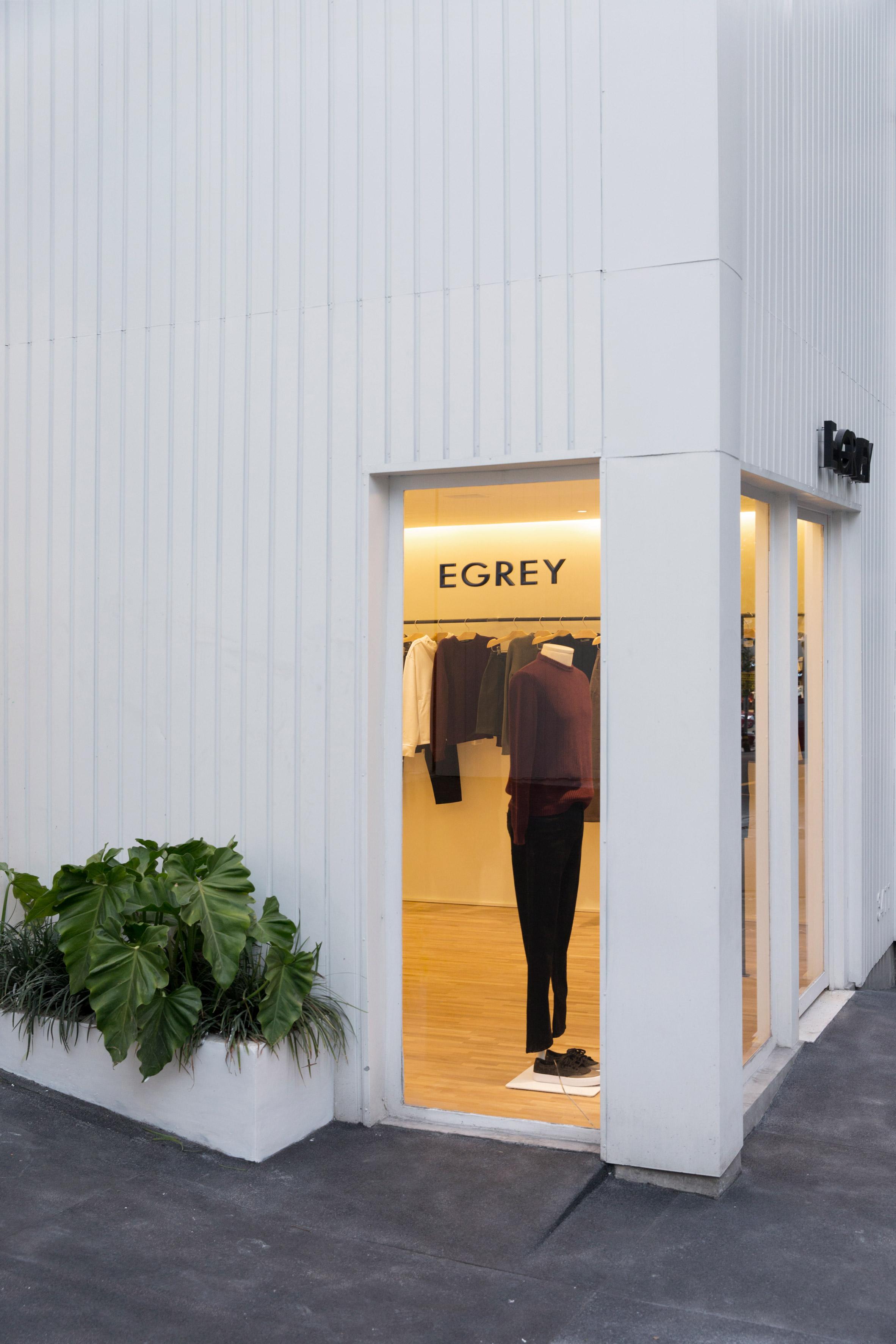 Egrey by MNMA Studio