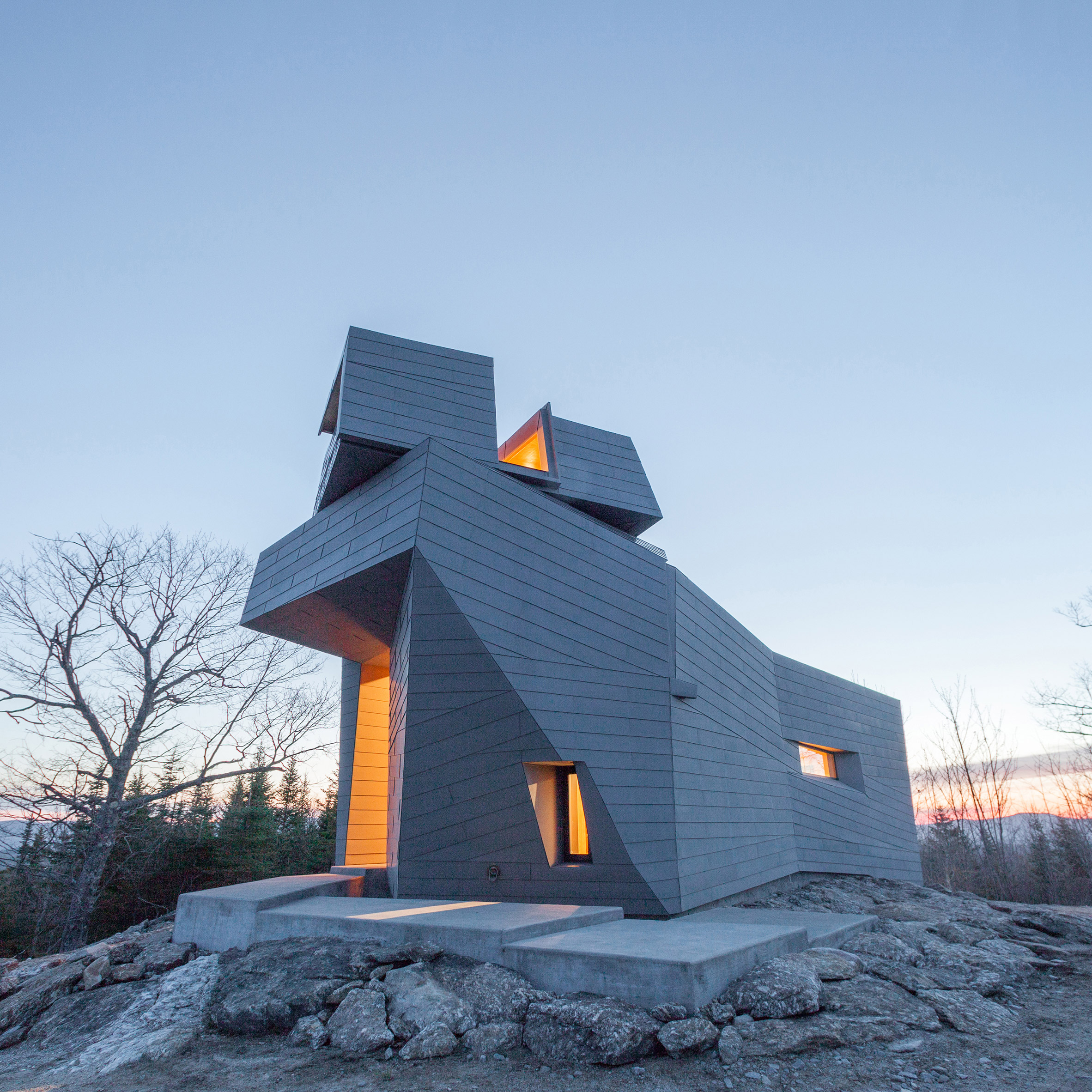 anmahian wintons zinc clad observatory enables stargazing from a new hampshire mountain