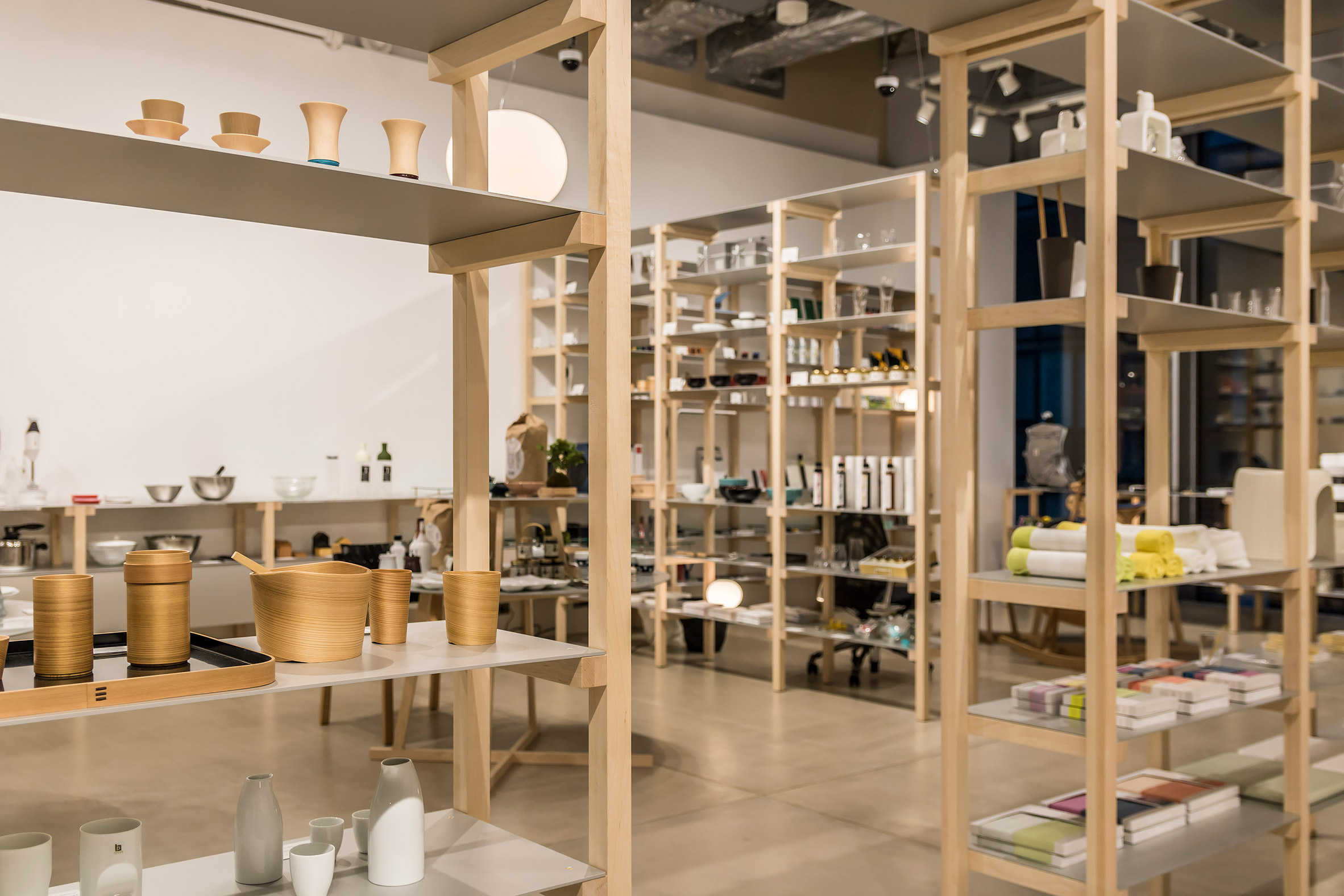 Jasper Morrison creates house-like layout for Tokyo's Good Design Store