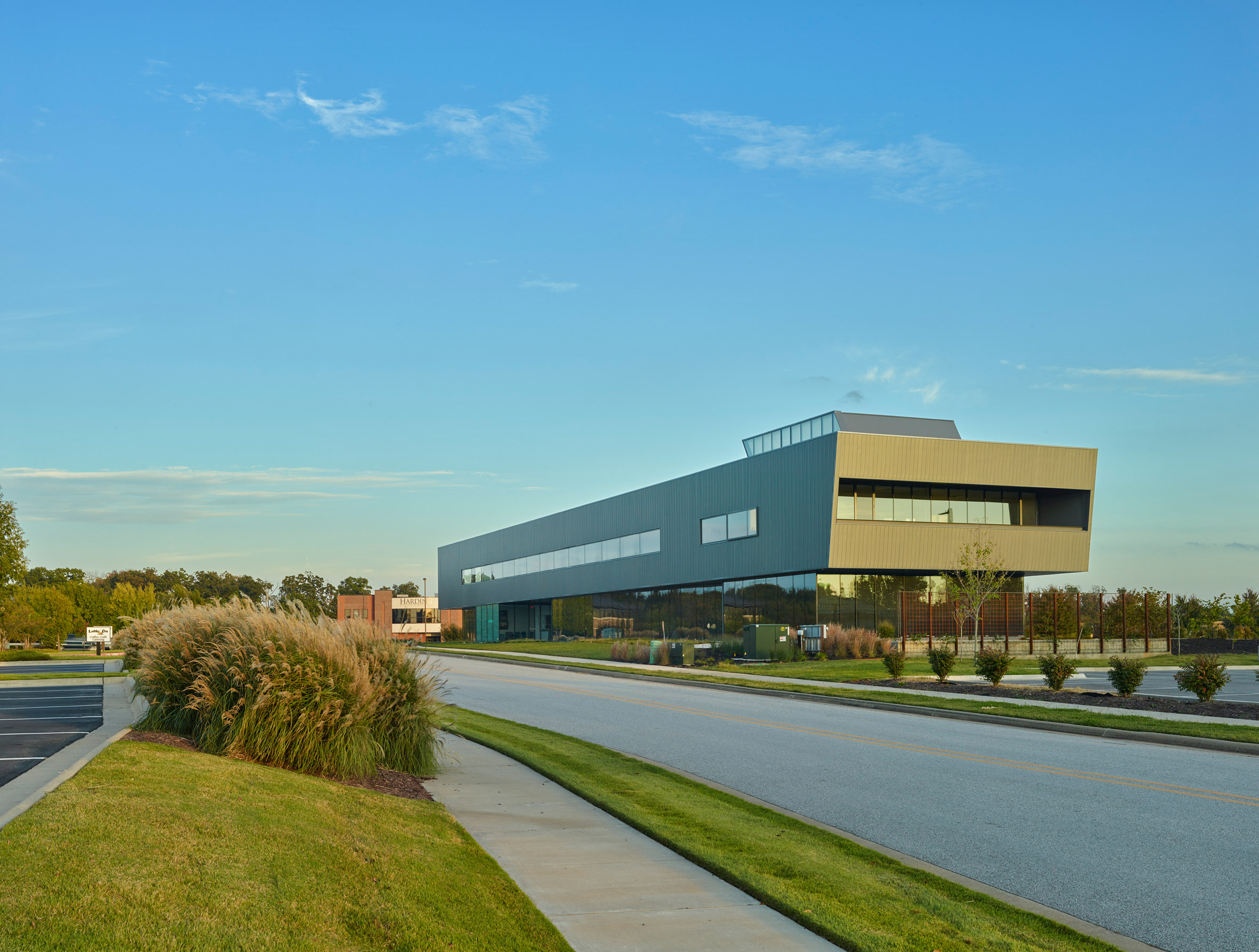 Marlon Blackwell Architects creates Arkansas pediatric clinic