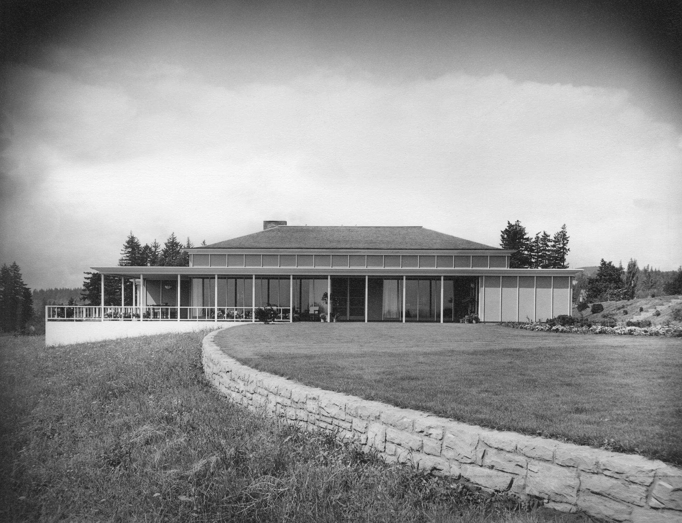 Lawrence and Anne Kistner Shaw House, Lake Oswego, Oregon, 1950