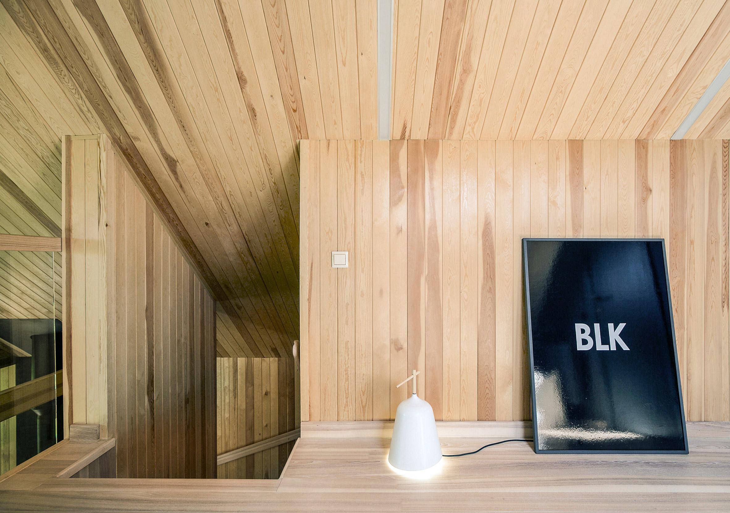 Summer house in Raubichi by Zrobym Architects