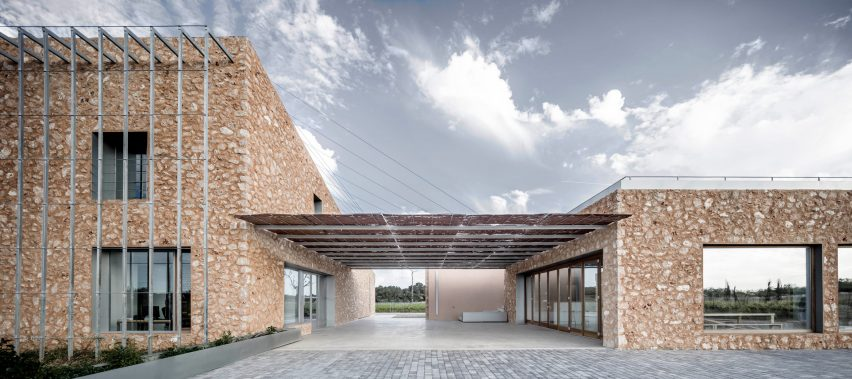 Son Juliana winery, Spain, by Munarq architects