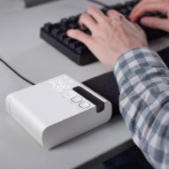 Stratum desk mat warms or cools workers to their personal preference