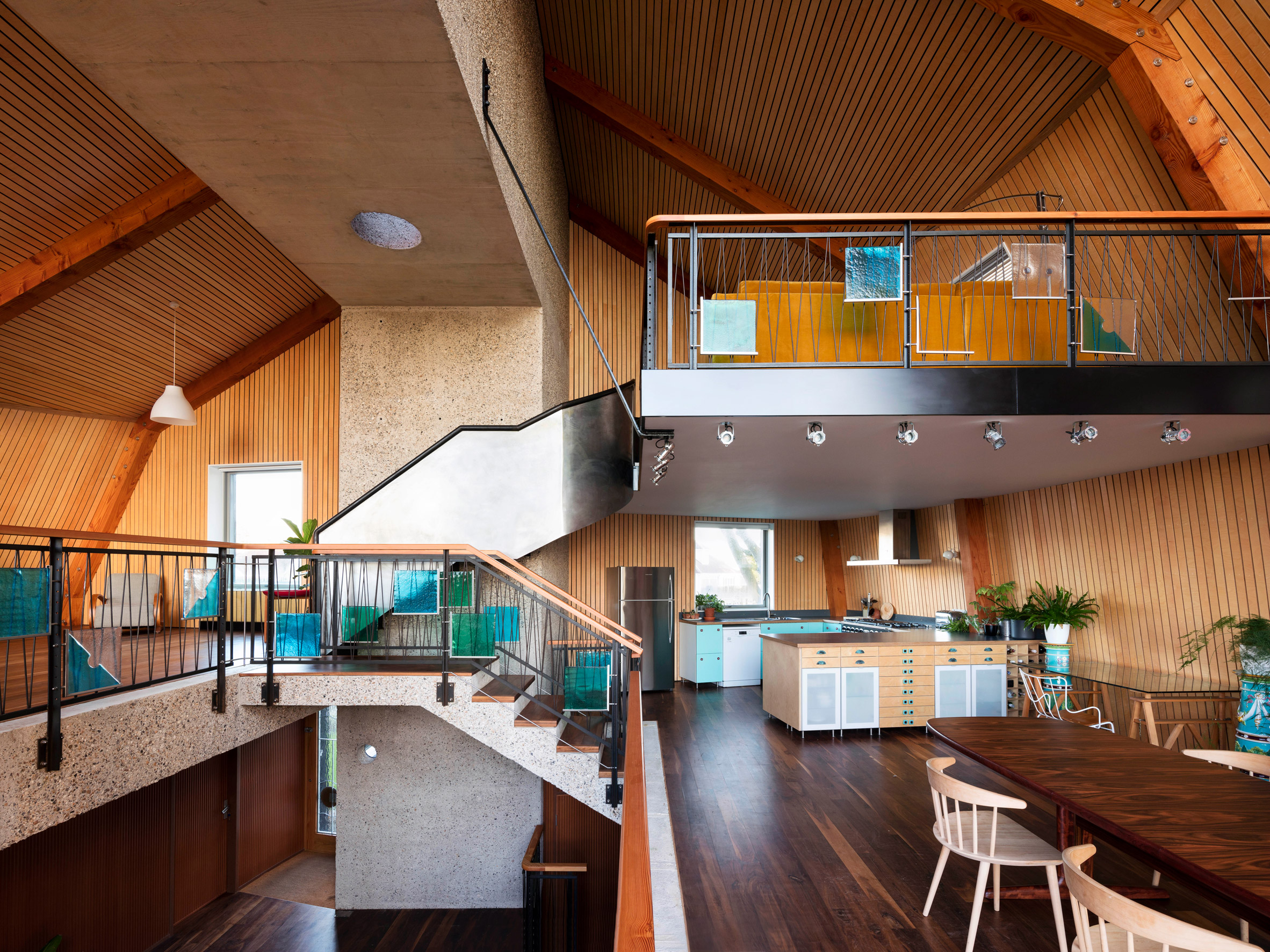 The Houseboat by Mole Architects