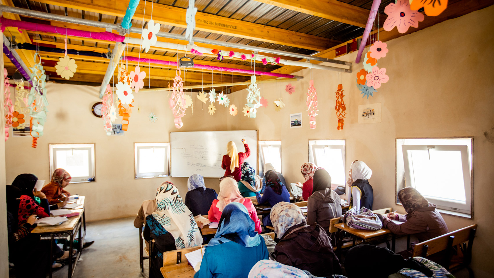 Low Cost School For 3000 Children Planned At Syrian Refugee Camp In Jordan