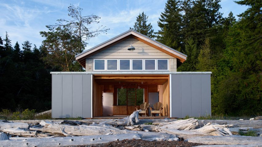 Hood Canal Boat House by Hoedemaker Pfeiffer