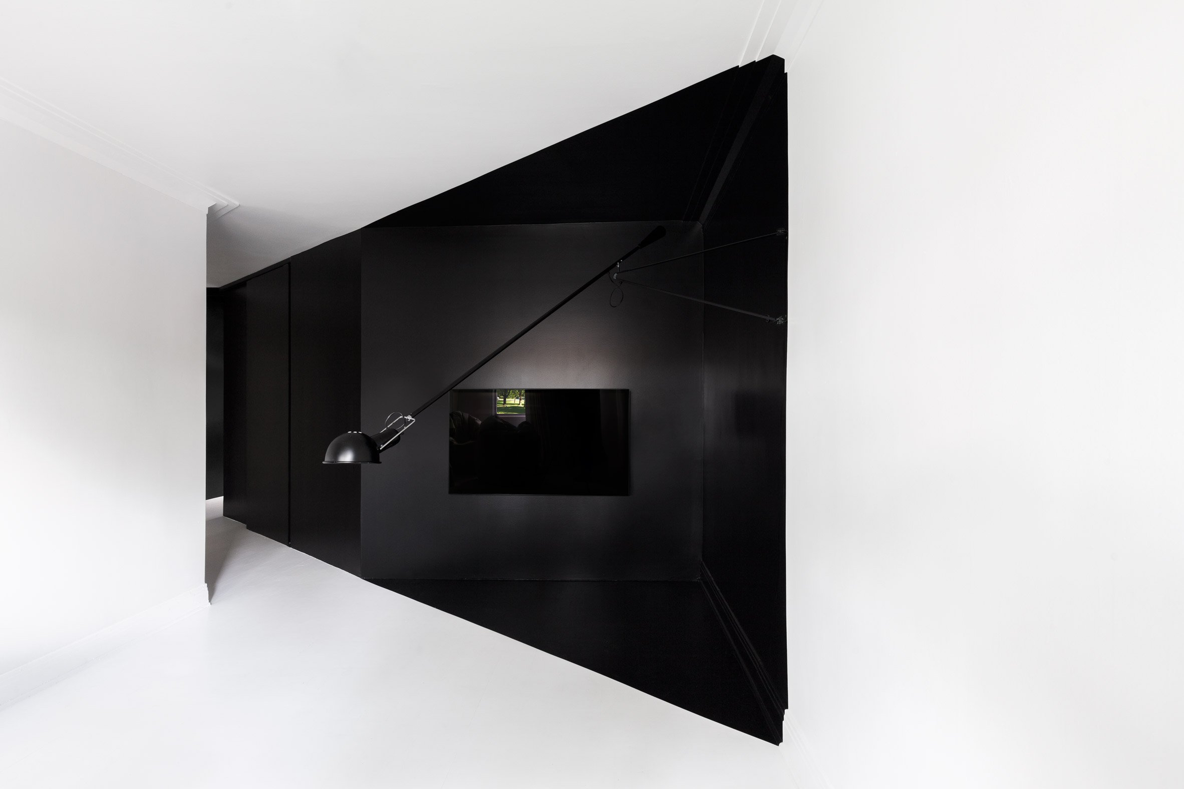 Jean Verville tricks the eye with black and white Montreal apartment