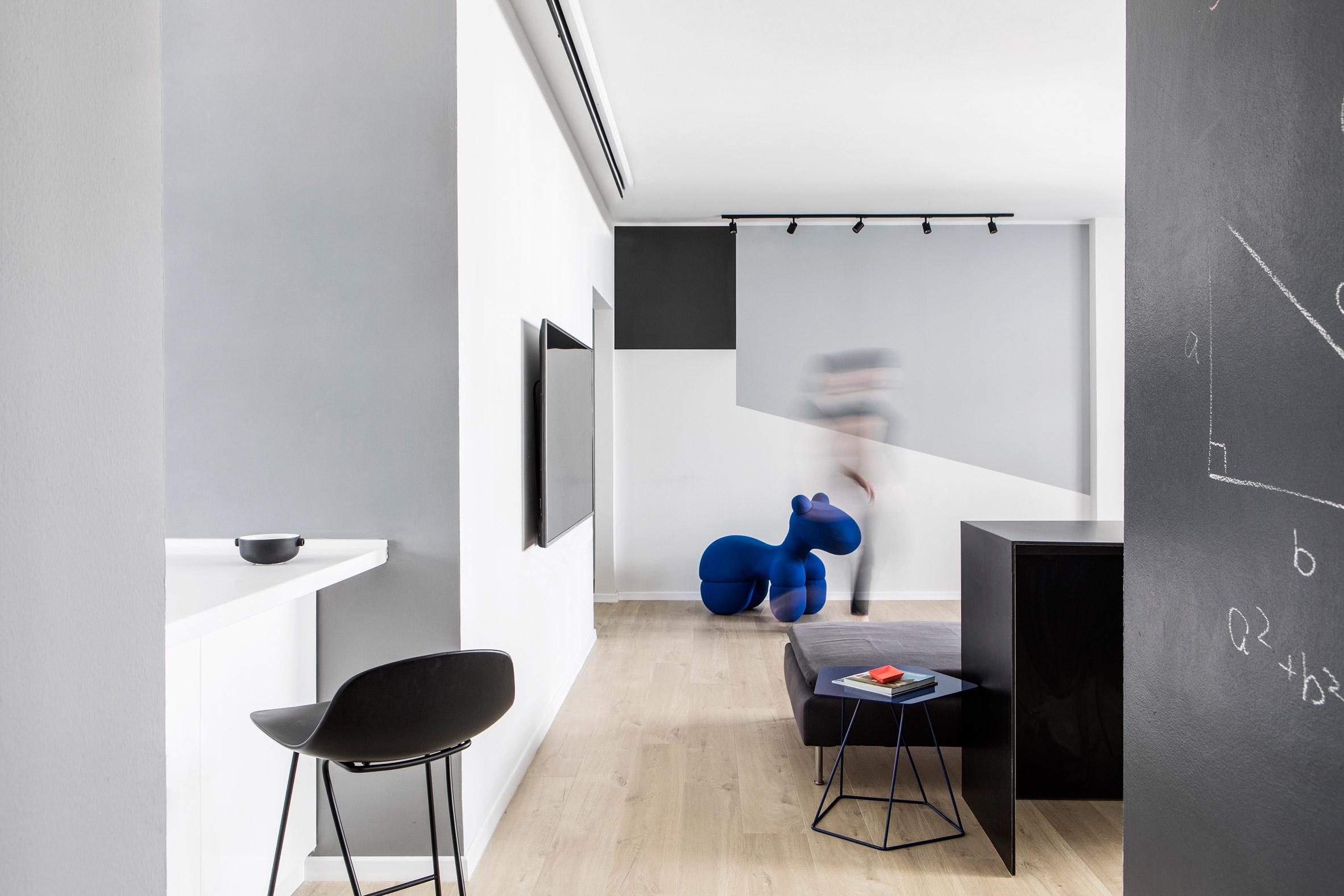 A|A Duplex by Yael Perry