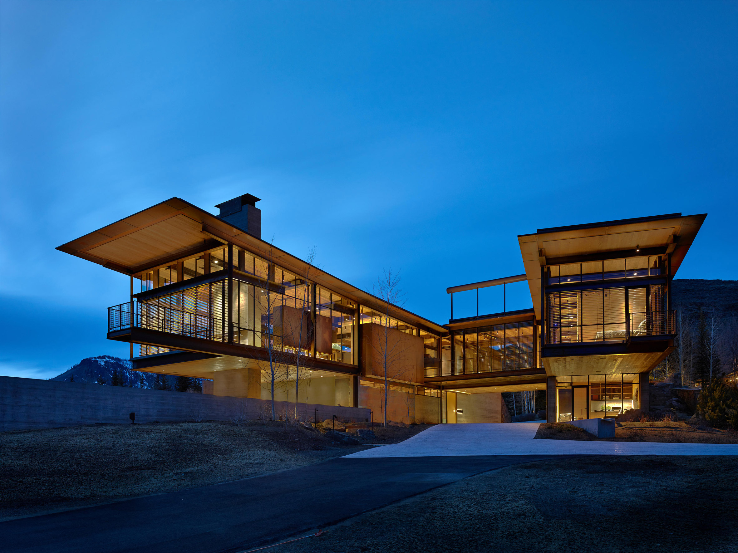 Rural Idaho home by Olson Kundig has gadgets and gizmos aplenty
