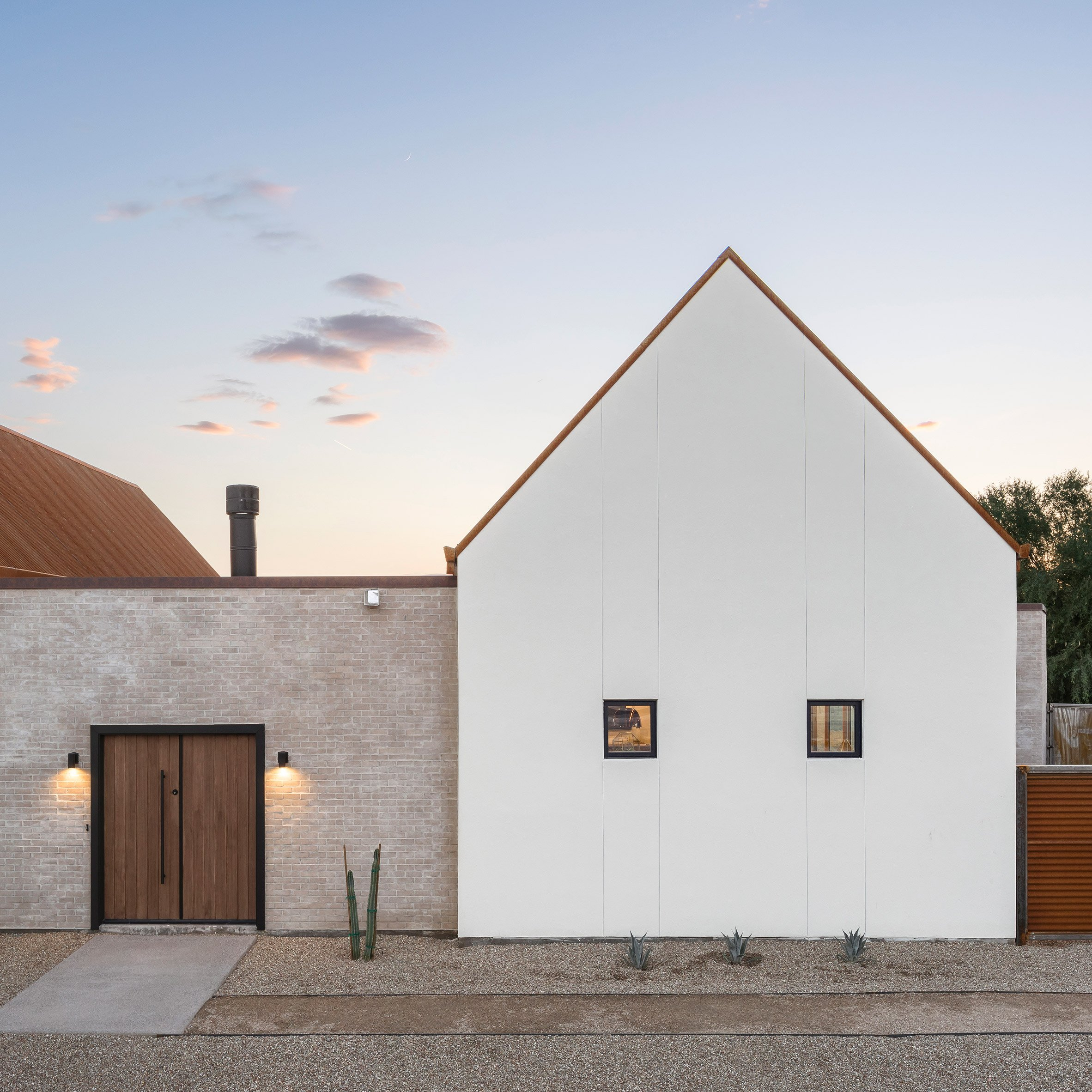 The Ranch Mine modernises mission-style architecture for Phoenix house