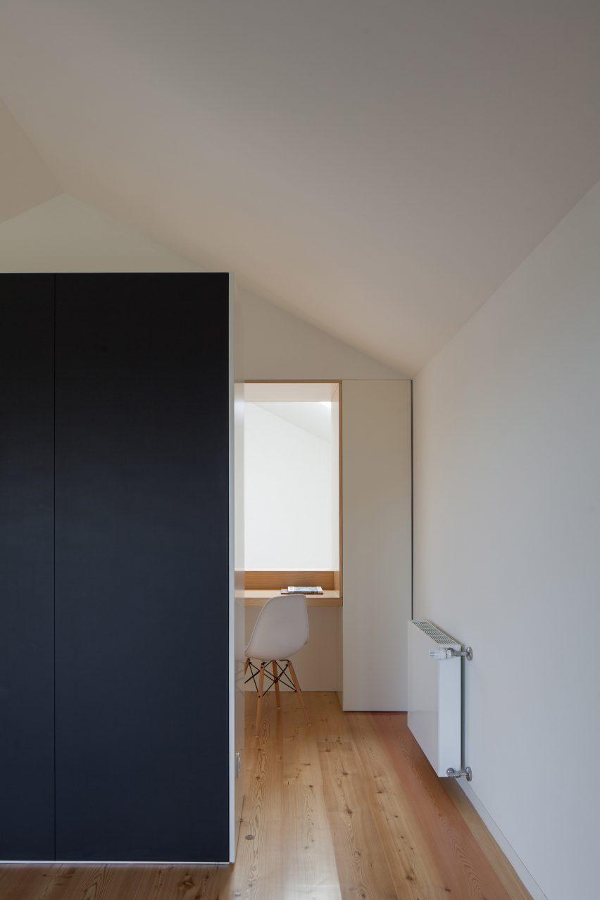 Casa Boavista by Pablo Pita Architects