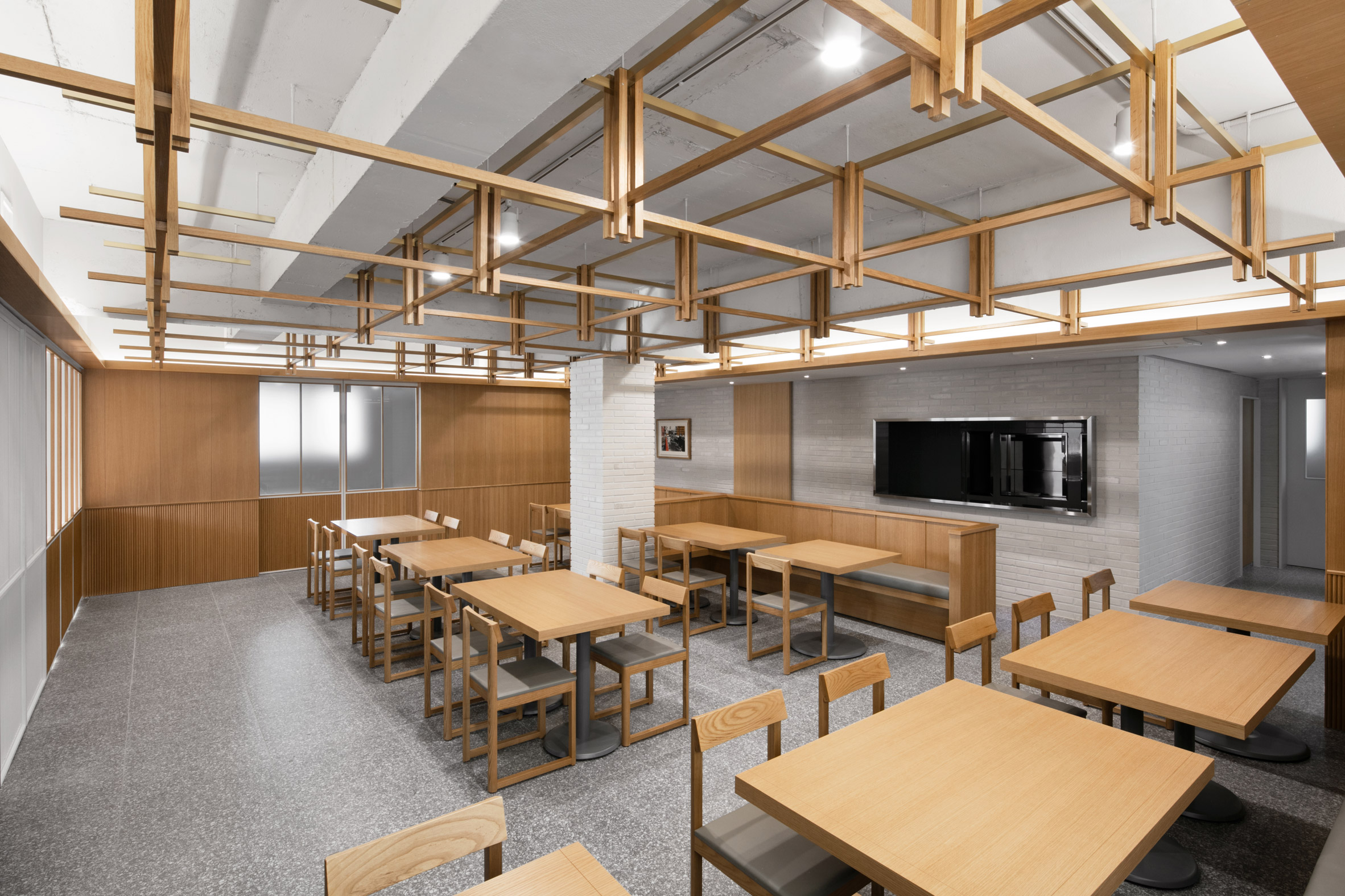 Seoul restaurant panelled with wood in ode to former owner's love of oak trees
