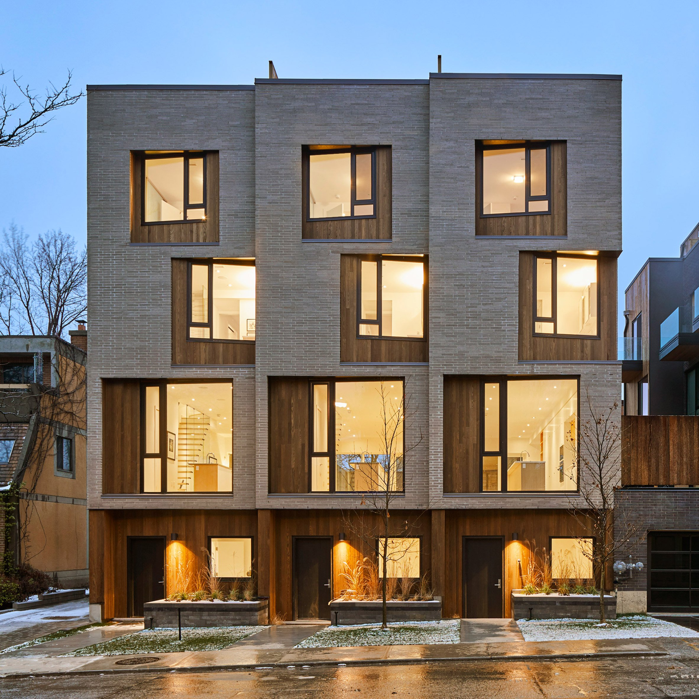 Batay-Csorba animates facades of Toronto townhouses with angled windows