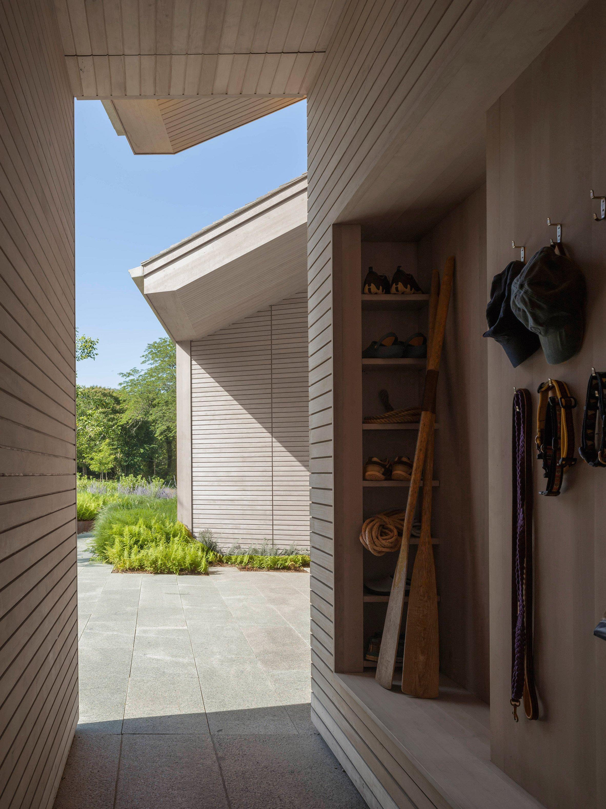 Cove House by Leroy Street Studio