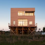 Cube House by Leroy Street Studio is a family beach retreat in the Hamptons