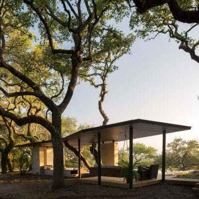 La Grange Pavilion by Murray Legge Architecture