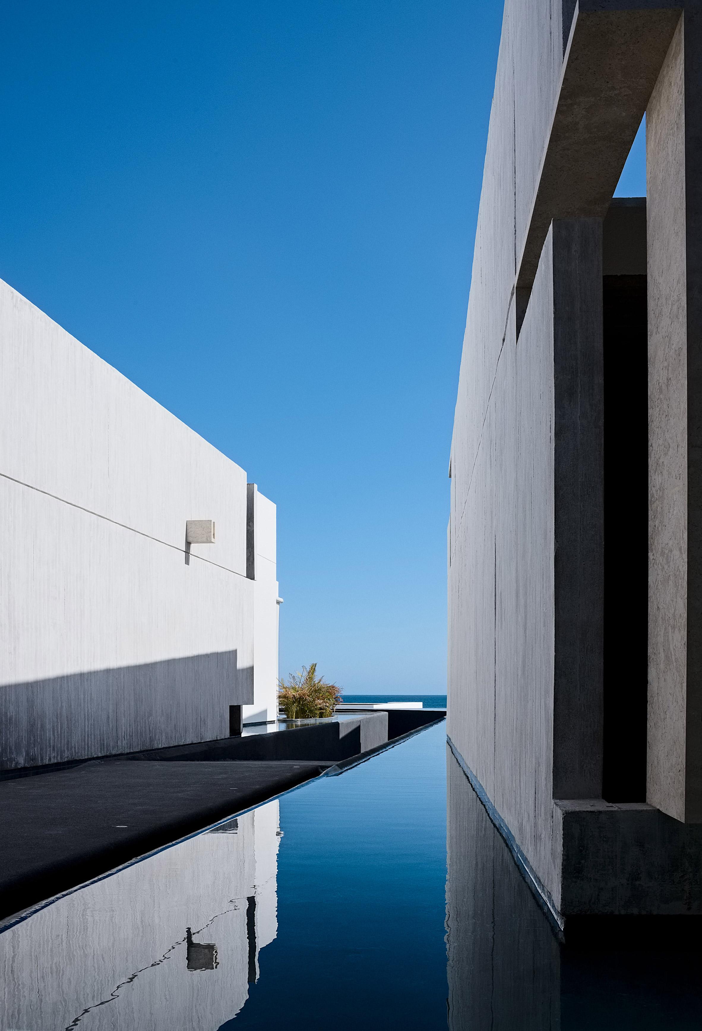Mar Adentro by Miguel Angel Aragonés