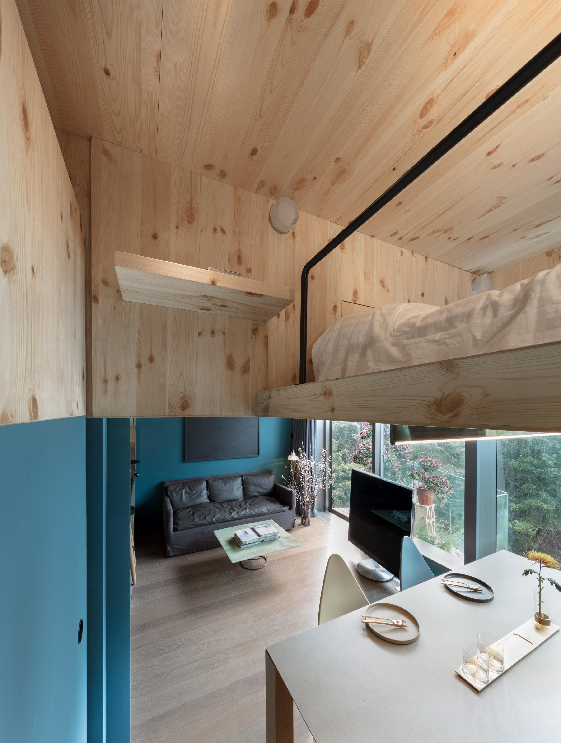 Mini Treehouse Residence by NCDA