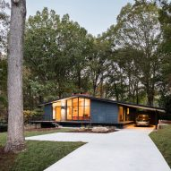 In Situ Studio revives mid-century modern home in North Carolina
