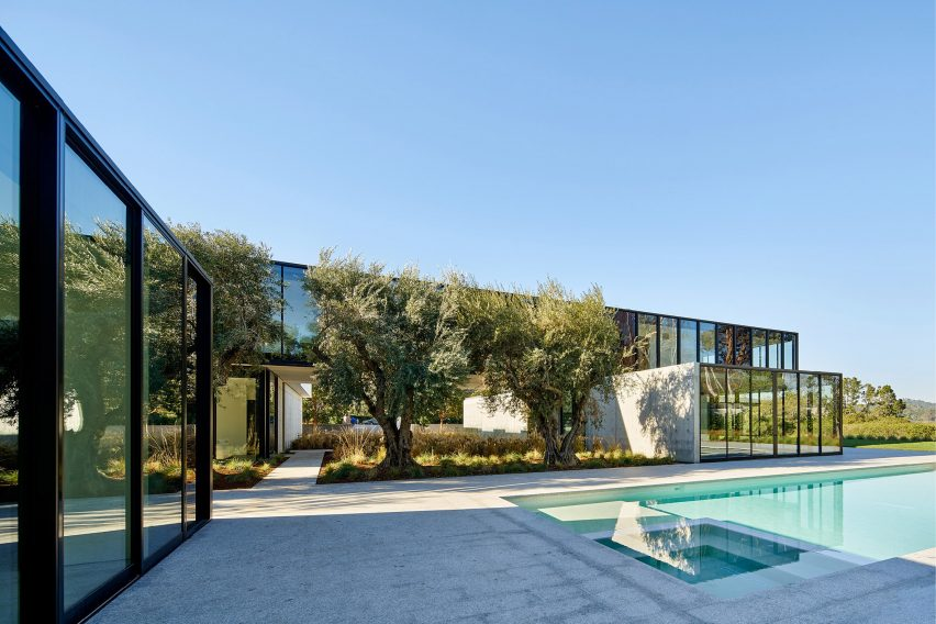 Oz Residence by Stanley Saitowitz