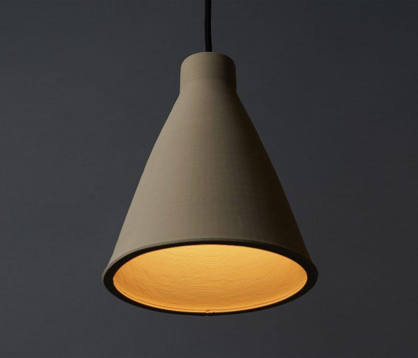 Australian designer Tom Fereday and artist Susan Chen make lamps using a ceramic printer