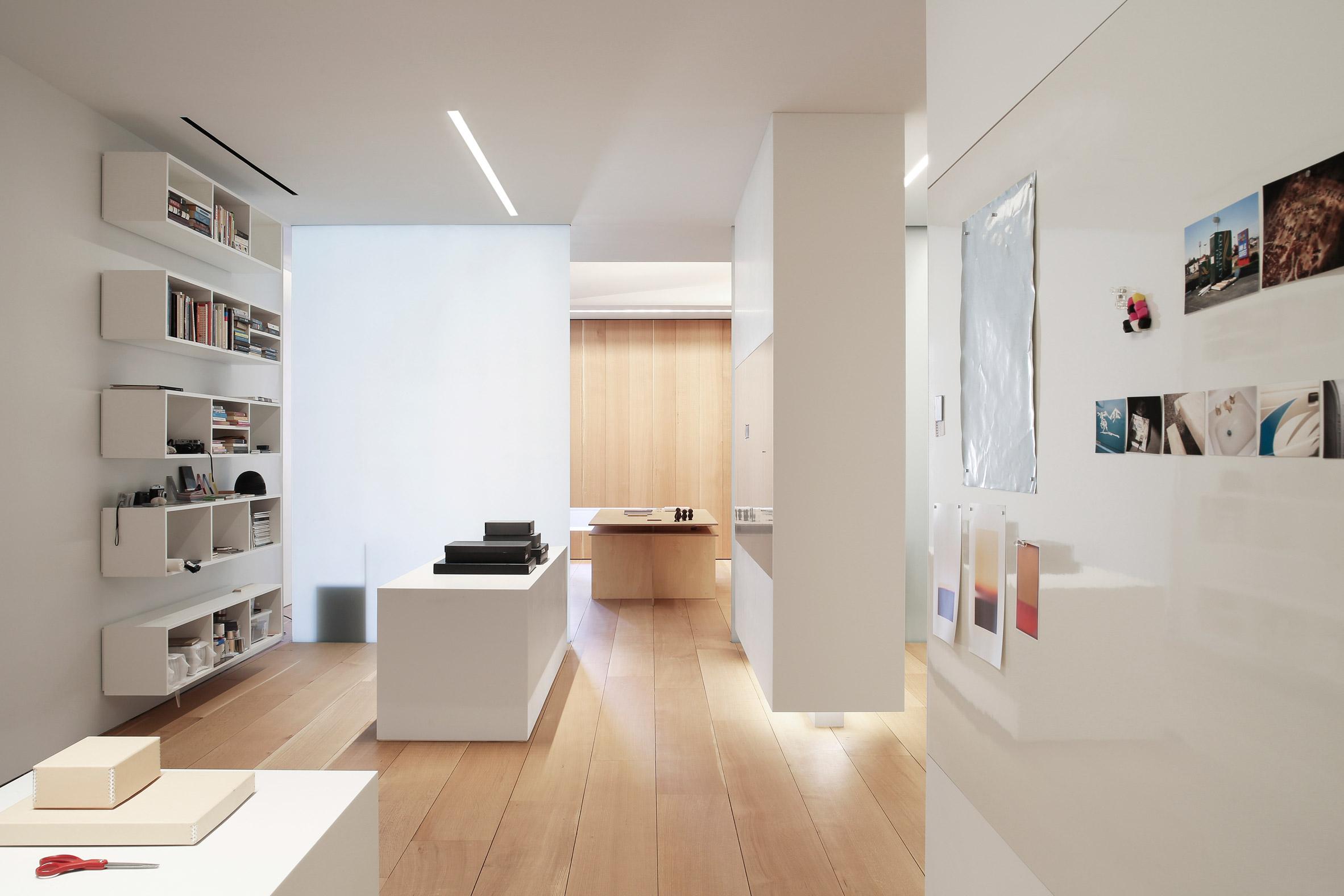 Photographers Loft by Desai Chia Architecture