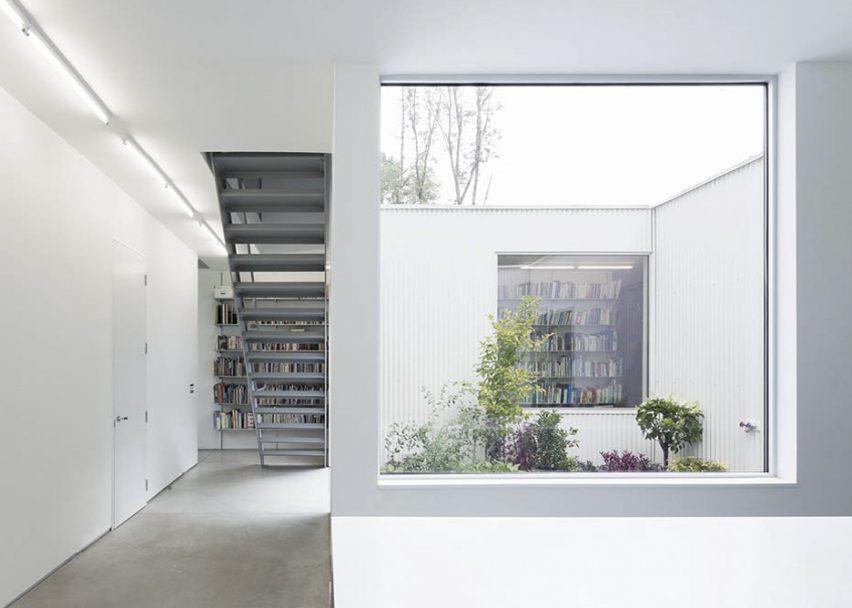 Princeton House 02 by Levenbetts