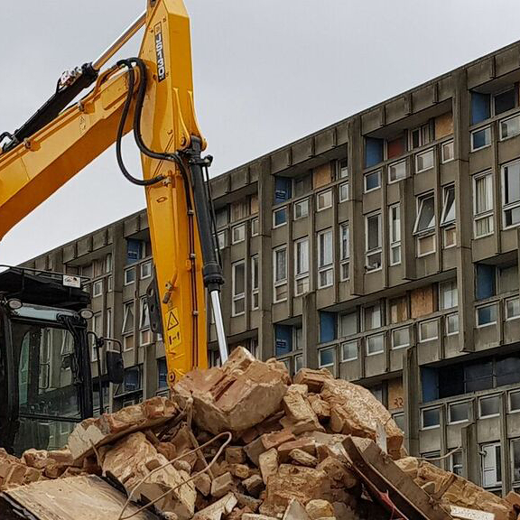 Bulldozers move in on Robin Hood Gardens estate