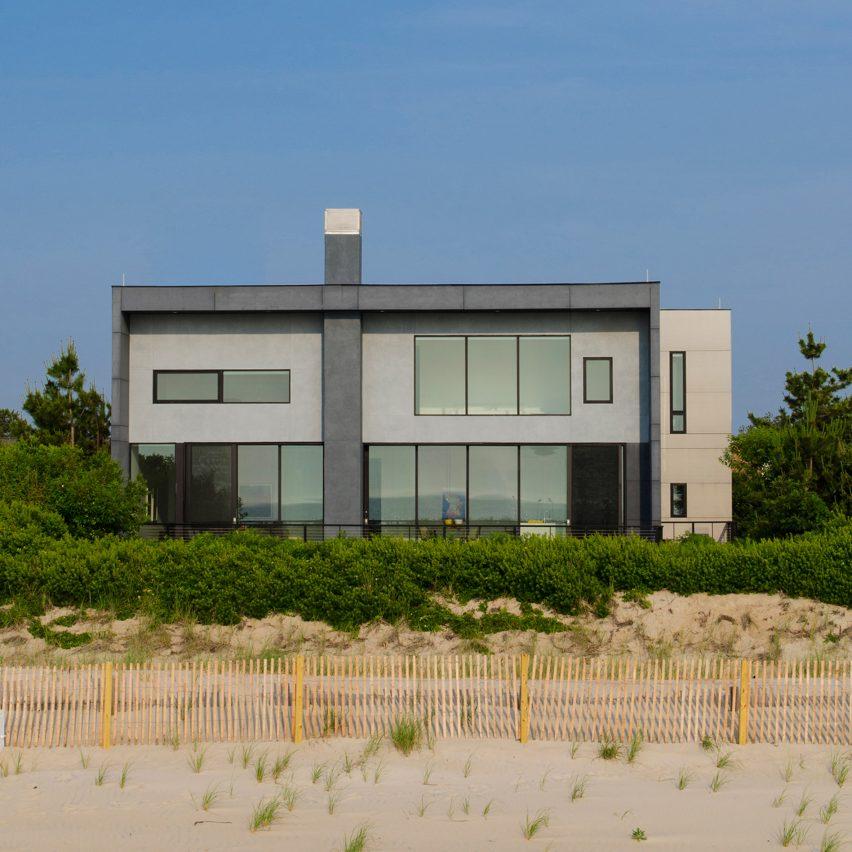 Sea Del House by Robert Gurney