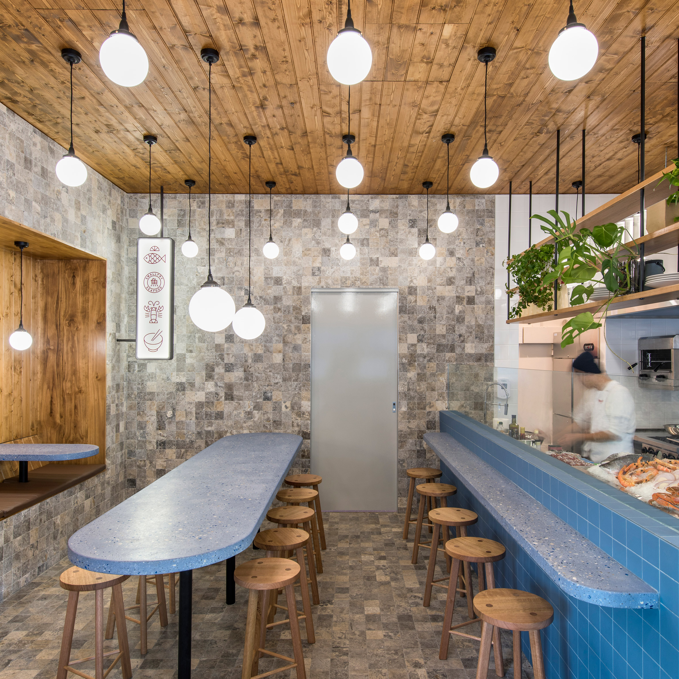 Smallfry Seafood restaurant by Sans-Arc Studio