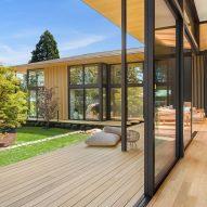 "Kengo Kuma uses ""borrowed scenery"" to infuse nature into Suteki House"