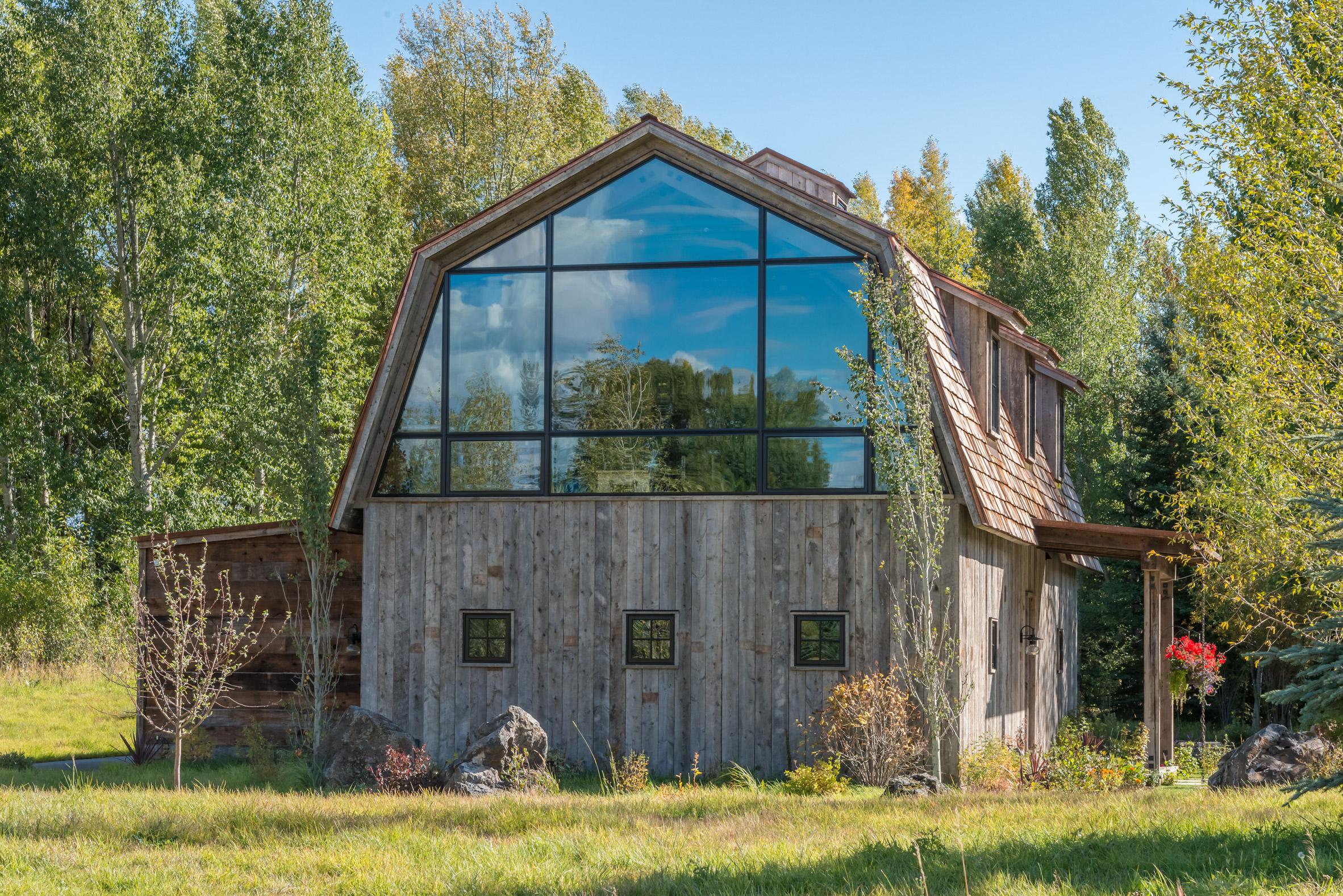 The Barn by Carney Logan Architects