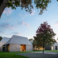 Bates Masi Architects builds Long Island house that celebrates local Quaker heritage