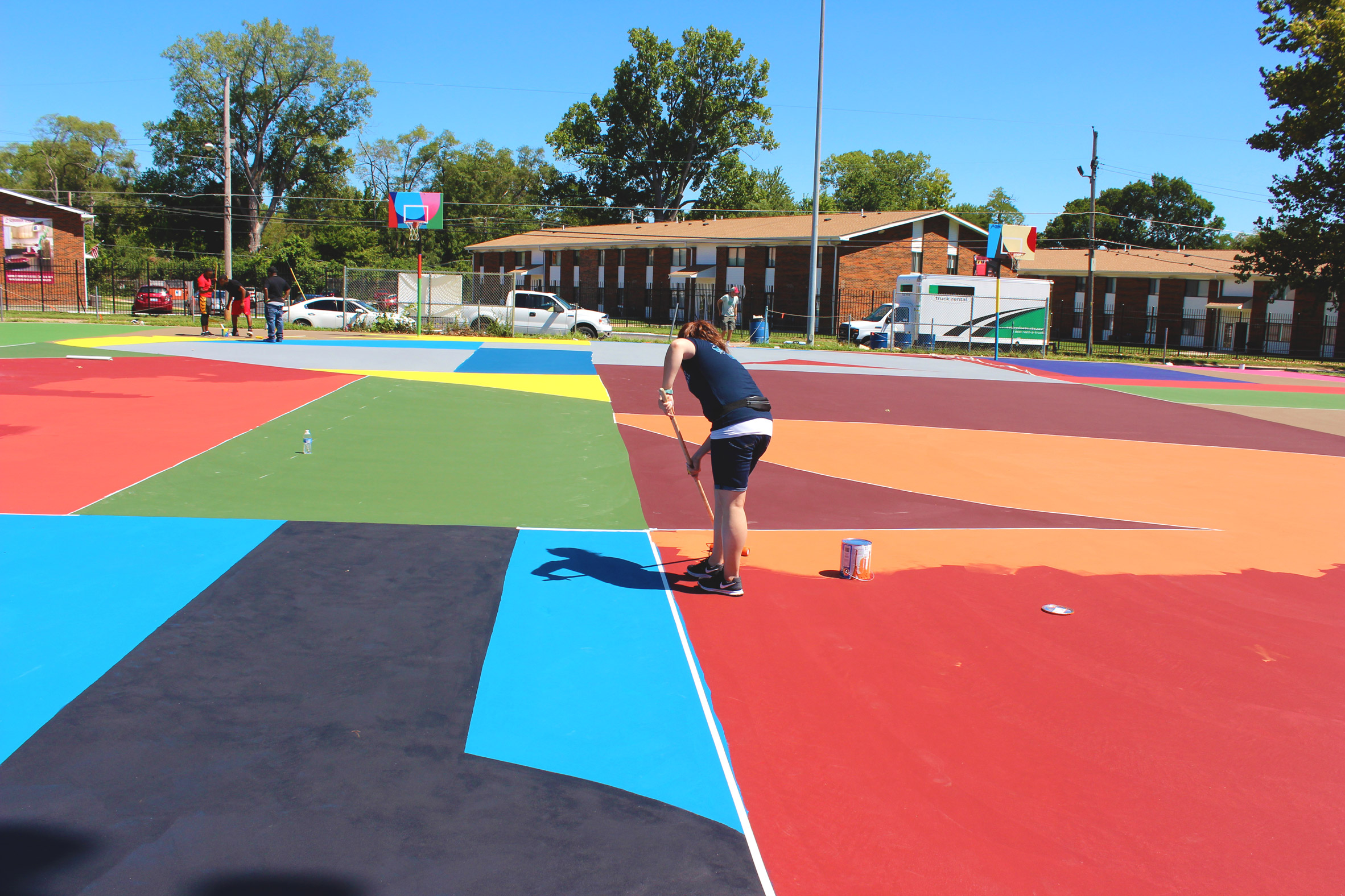 3novices william lachance spruces up st louis basketball for Basketball court mural