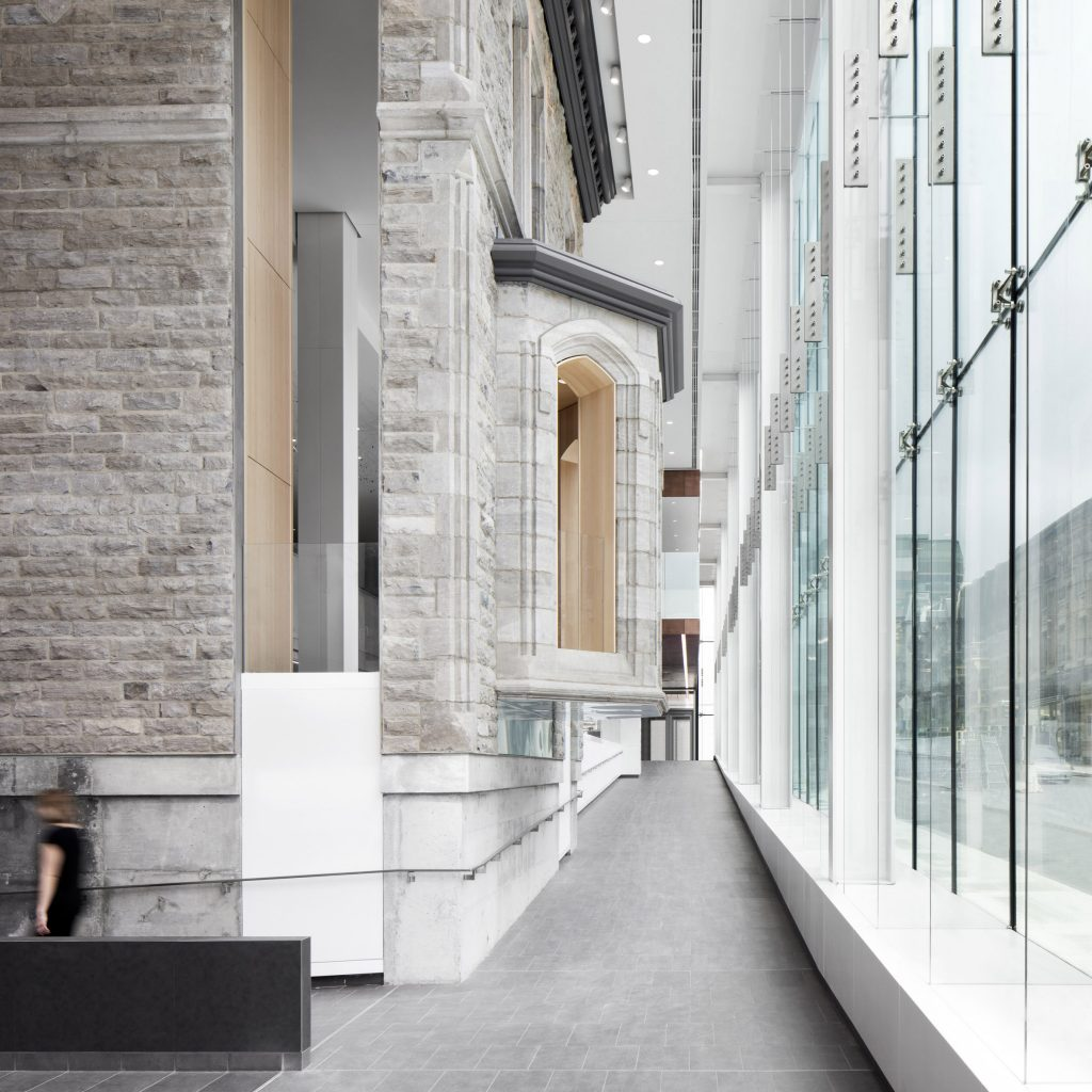 Cannon Design and NEUF Architectes complete massive Montreal hospital