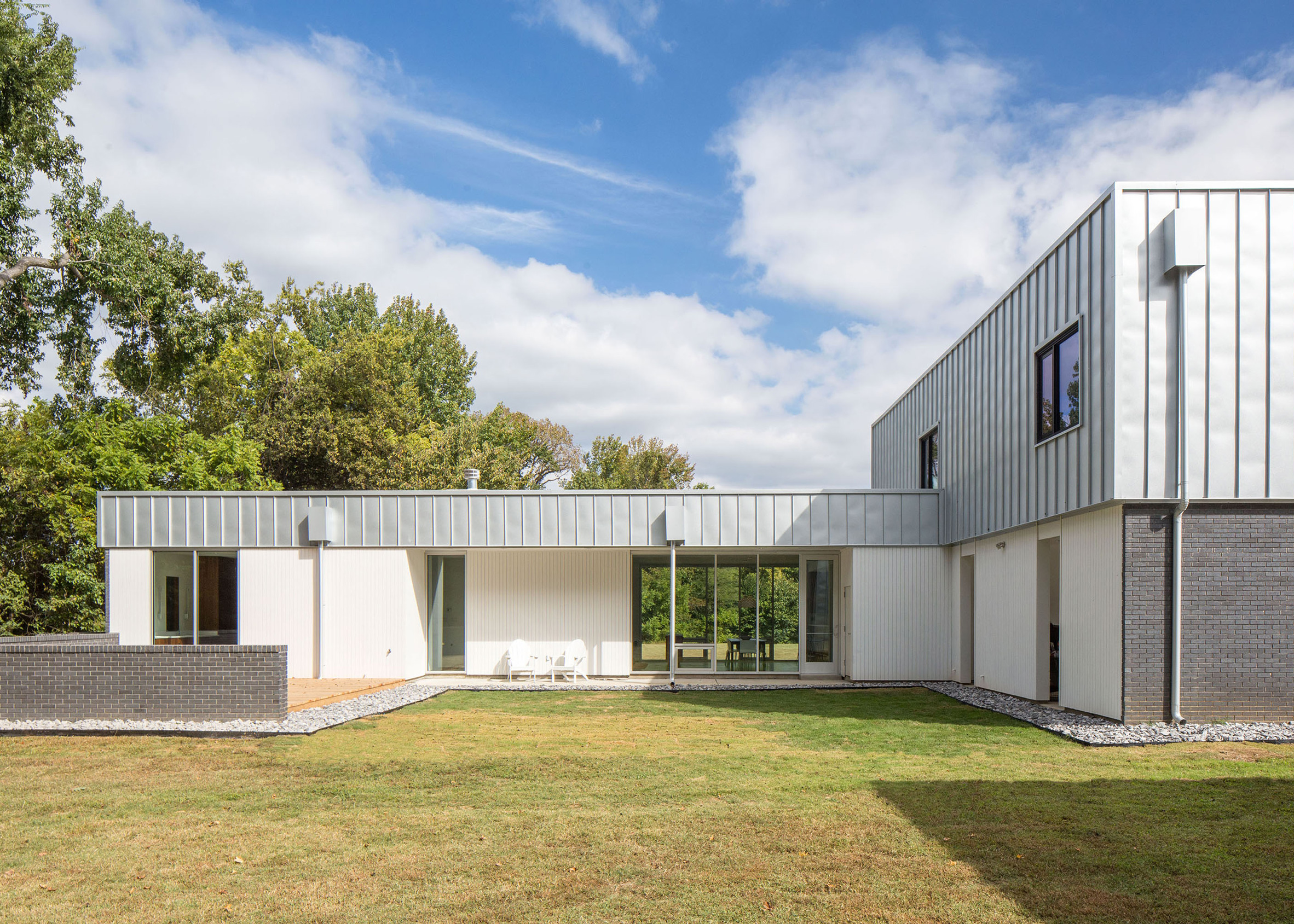 House for Five by Designshop