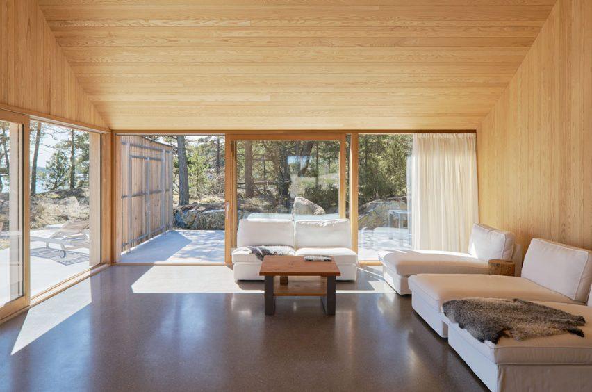 Swedish studio Tham & Videgård Arkitekter design a summer house in Stockholm