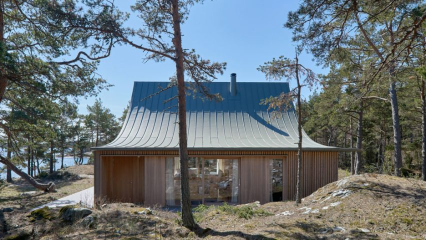Tham u0026 Videgård completes  tent-like  summer house on a Swedish island : tent that looks like a house - memphite.com