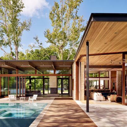 A Parallel Architecture architecture and design in texas | dezeen