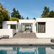 SkB Architects imbues Washington residence with art gallery aesthetic