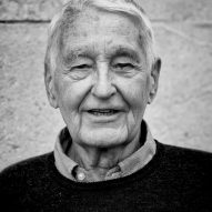 """Pioneer of quality public housing"" Neave Brown named 2018 laureate of RIBA Royal Gold Medal"