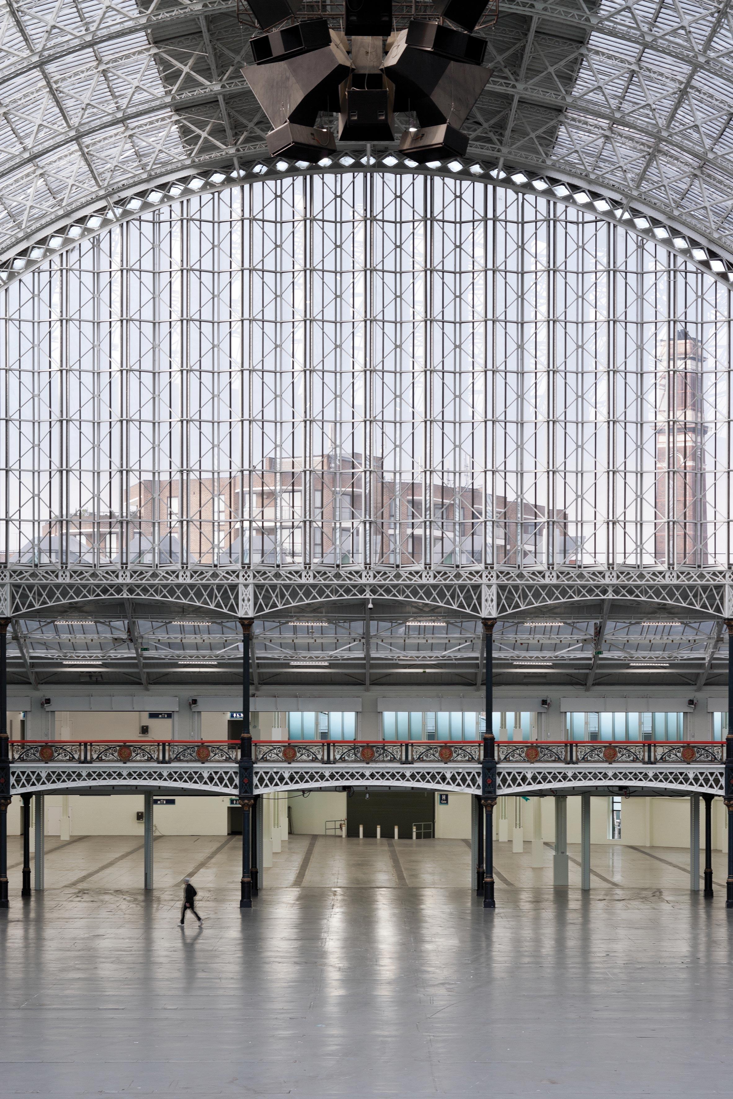 "Thomas Heatherwick to transform London's Olympia into ""world-leading"" cultural hub"