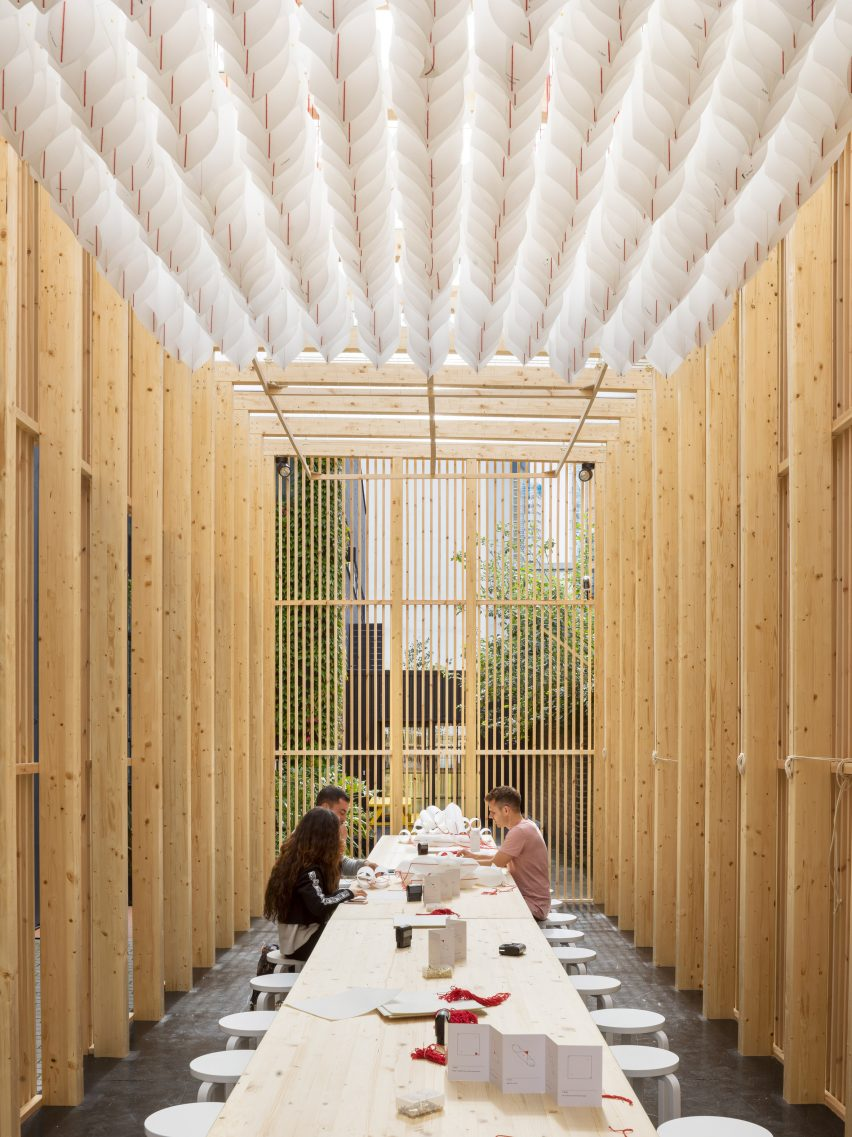 Universal Design Studio builds daydreaming hub for ...
