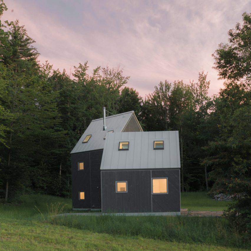 New affiliates creates asymmetric mountain cabin in for Vermont mountain cabins