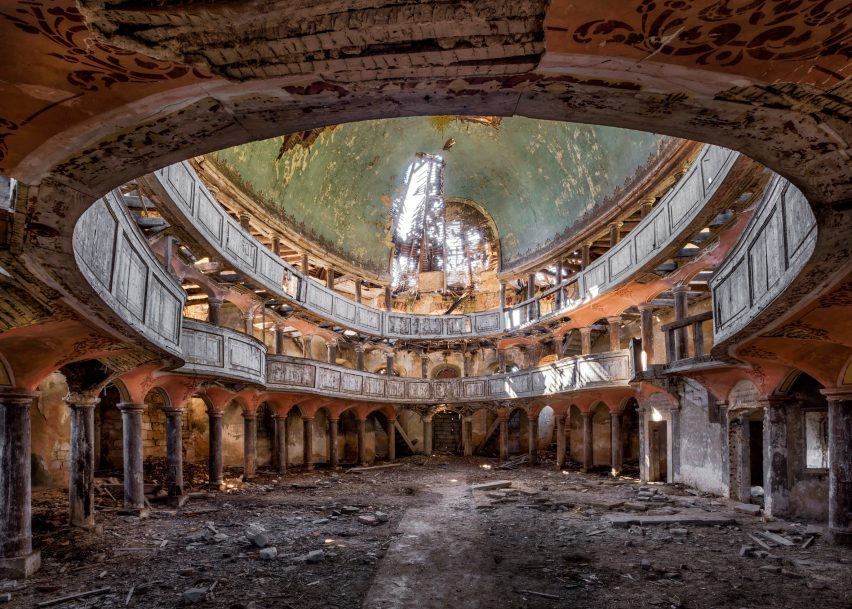 Abandoned by Christian Richter