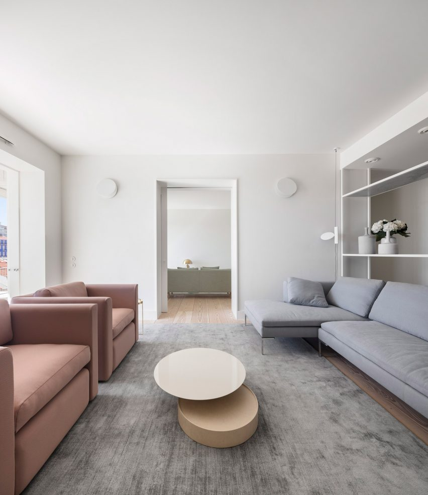 Apartment AMC by Rar Studio