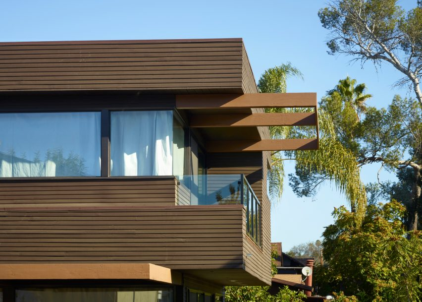 Martin Fenlon merges architectural styles for house in Los Angeles