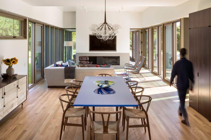 Crestview Lane House No 2 by Deborah Berke Partners